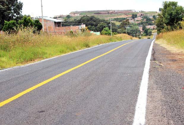 Carretera Arandas - Martínez Valadez